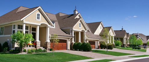 5 Things to Know Before Signing a New HOA Maintenance